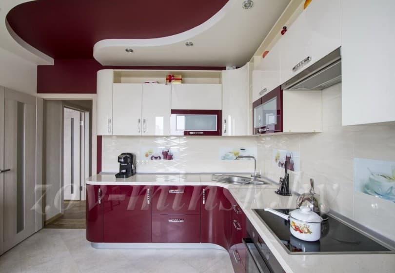 Угловая кухня ЗОВ с фасадами из акрила