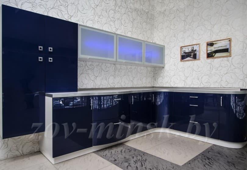 Кухня из мдф крашеного по RAL синяя