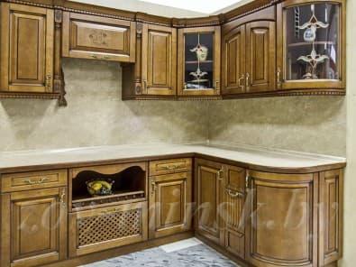 Кухня с фасадами из массива ольхи Т306/106