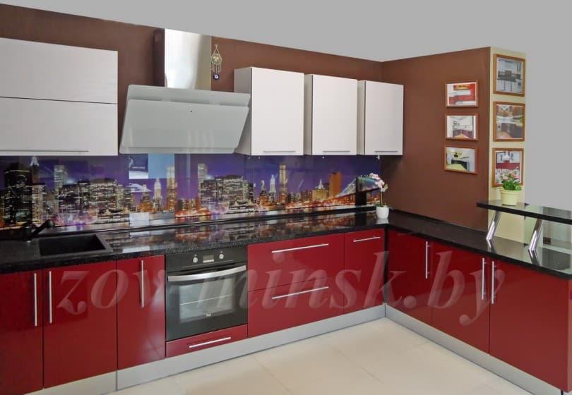 Кухня из мдф крашеного и 3D-пластика с барной стойкой